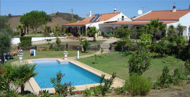 private holiday rental S. Marcos da Serra